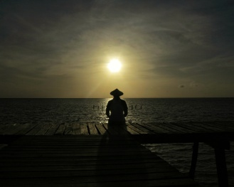 Beautiful mornings in Onok Island start with this. Photo taken by my good friend, Ardee. :)