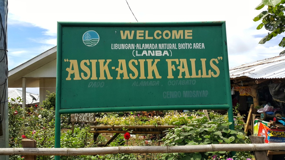 Entrance to Asik-Asik Falls