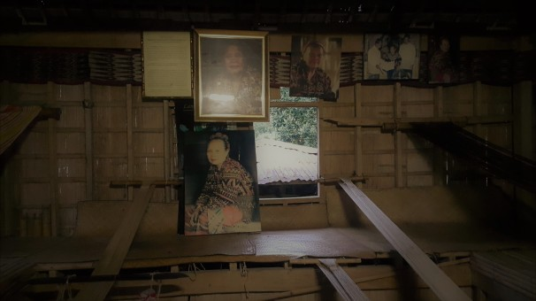 Inside the workshop is late Lang Dulay's portraits and pictures of her work. Posters of the National Living Treasures award that she received as well as the tribute given by the Department of Tourism can also be found here.