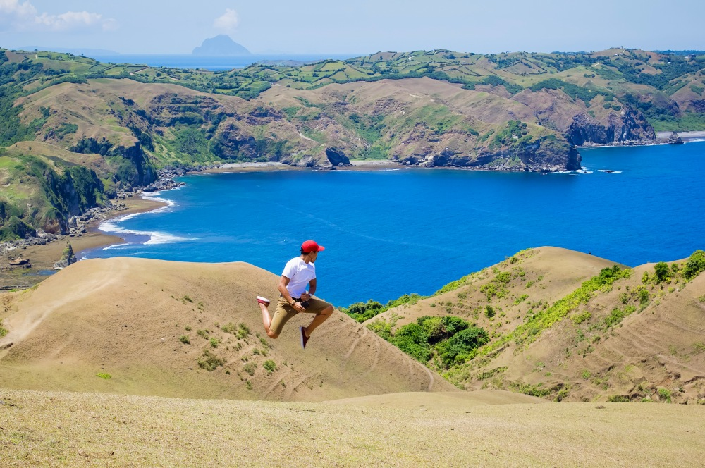ENJOYING THE ROLLING HILLS OF BATANES!