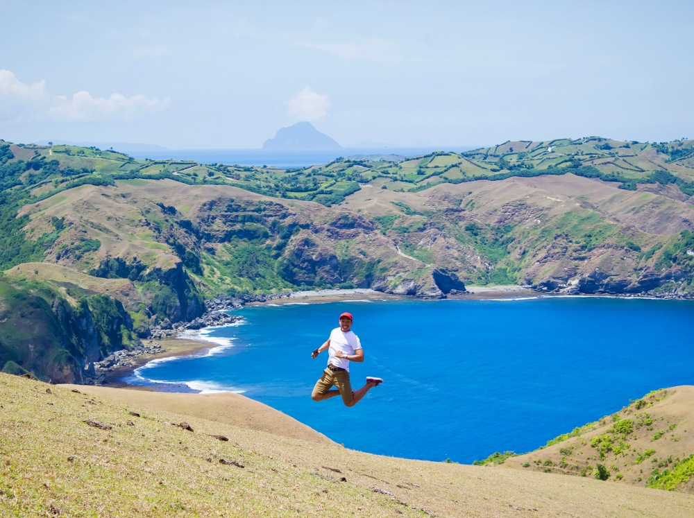 ENJOYING THE GREEN HILLS OF BATANES!