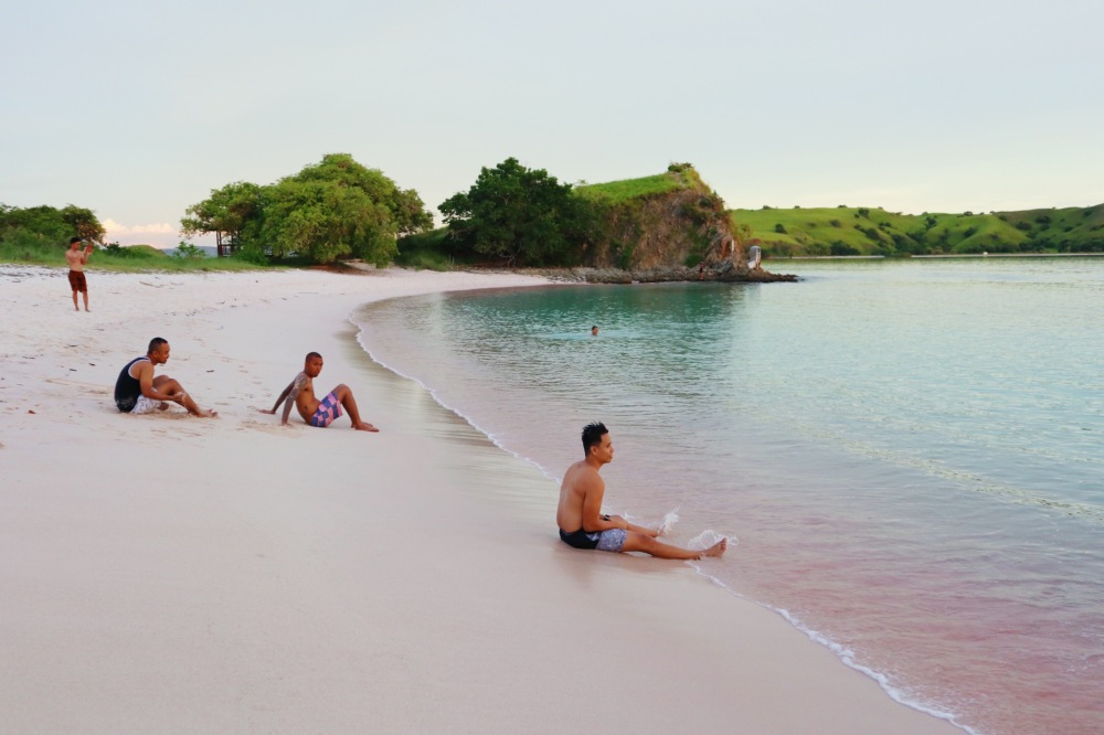 CHILLING AT THE PINK BEACH.