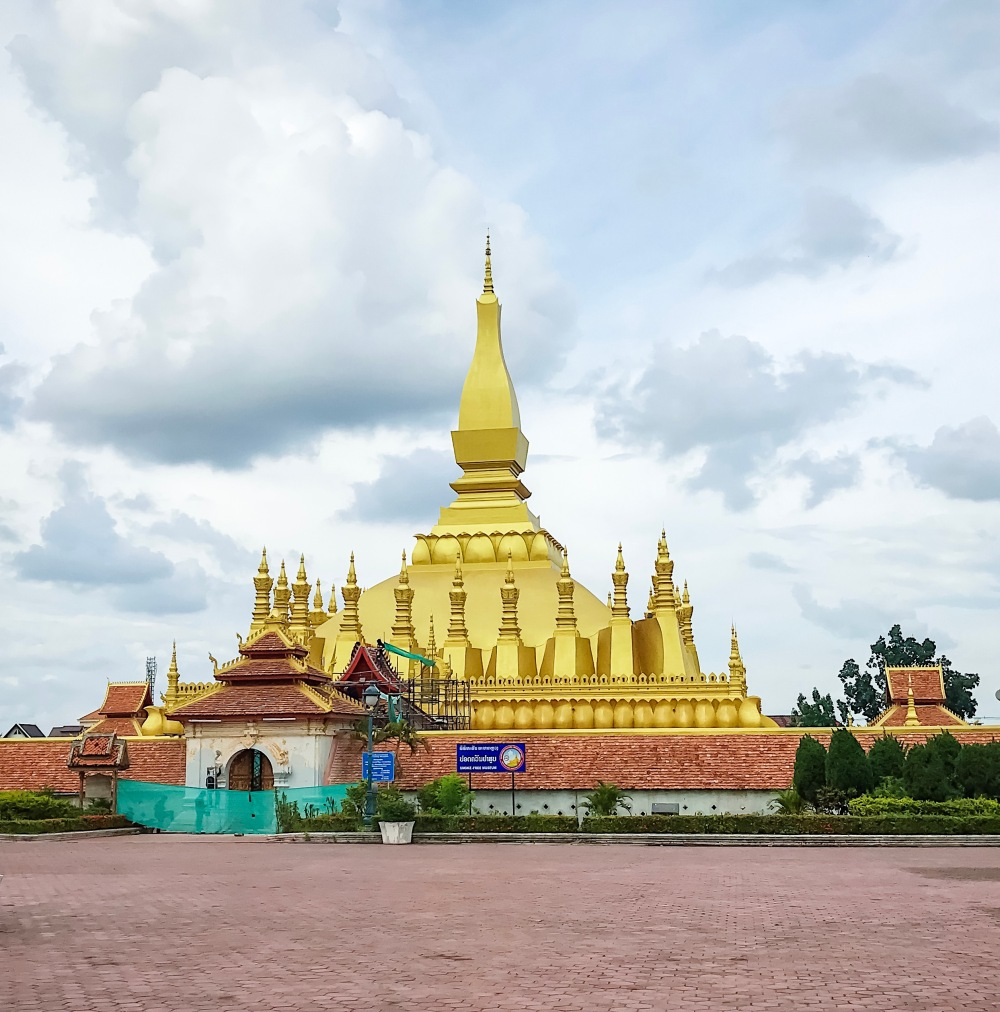 PHA THAT LUANG COMPLEX