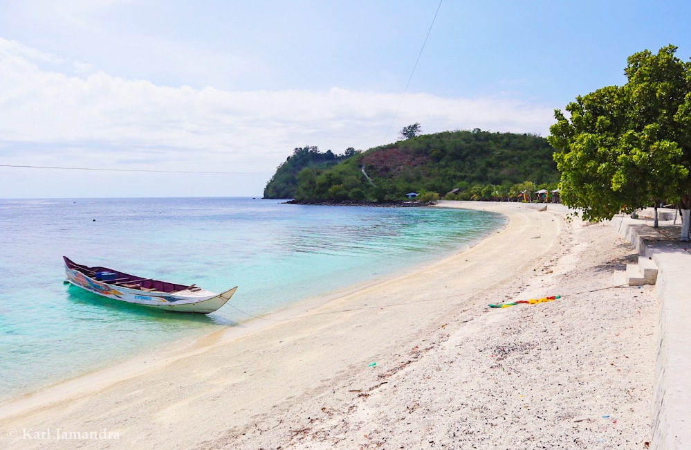THE BEACH SIDE OF BANGAS ISLAND.